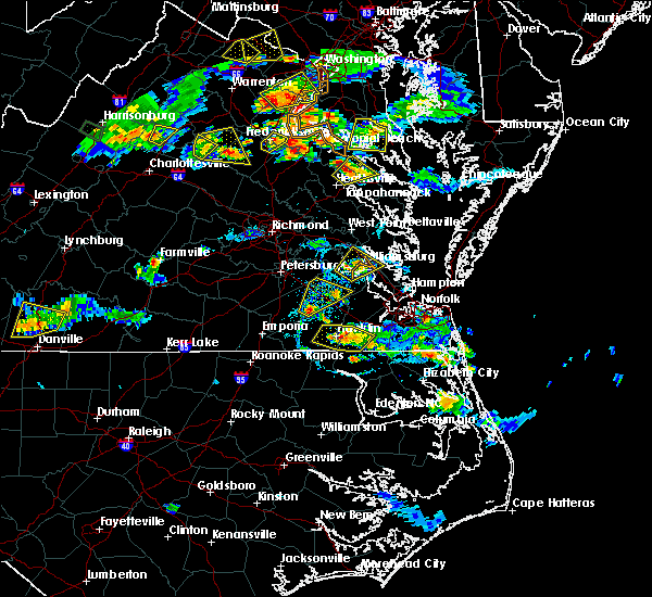 Radar Image for Severe Thunderstorms near Suffolk, VA at 8/20/2019 6:35 PM EDT