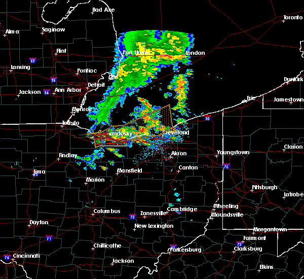 Radar Image for Severe Thunderstorms near Vermilion, OH at 6/22/2015 5:25 PM EDT
