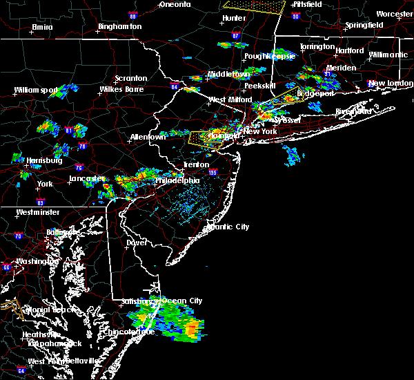 Radar Image for Severe Thunderstorms near Roselle Park, NJ at 8/21/2019 5:34 PM EDT
