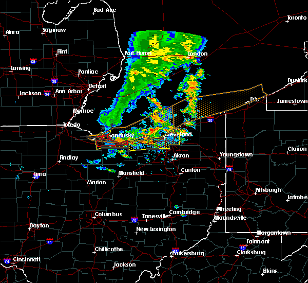 Radar Image for Severe Thunderstorms near Bedford Heights, OH at 6/22/2015 5:29 PM EDT