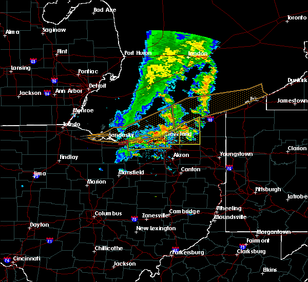 Radar Image for Severe Thunderstorms near Kirtland Hills, OH at 6/22/2015 5:44 PM EDT