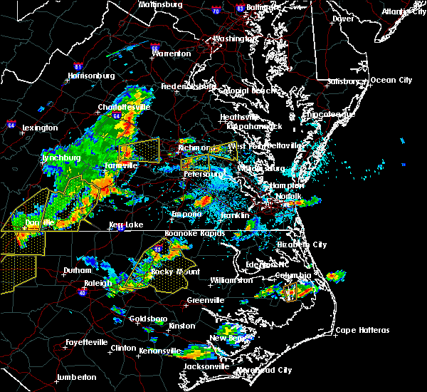 Radar Image for Severe Thunderstorms near West Point, VA at 8/22/2019 5:17 PM EDT