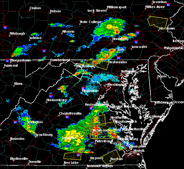 Radar Image for Severe Thunderstorms near Maurertown, VA at 8/22/2019 6:34 PM EDT