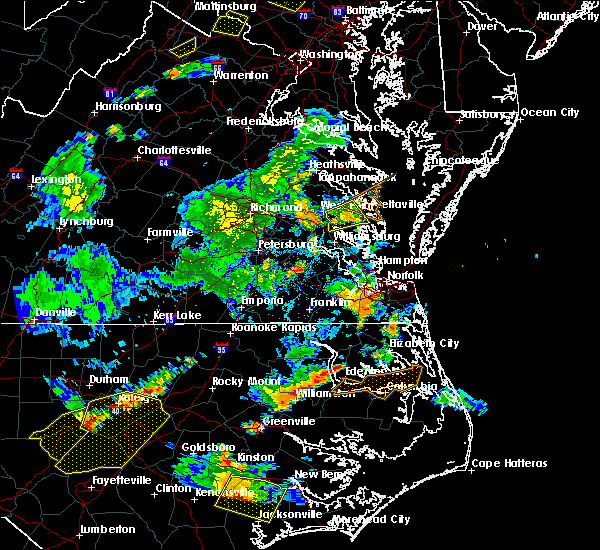 Radar Image for Severe Thunderstorms near Virginia Beach, VA at 8/22/2019 7:24 PM EDT