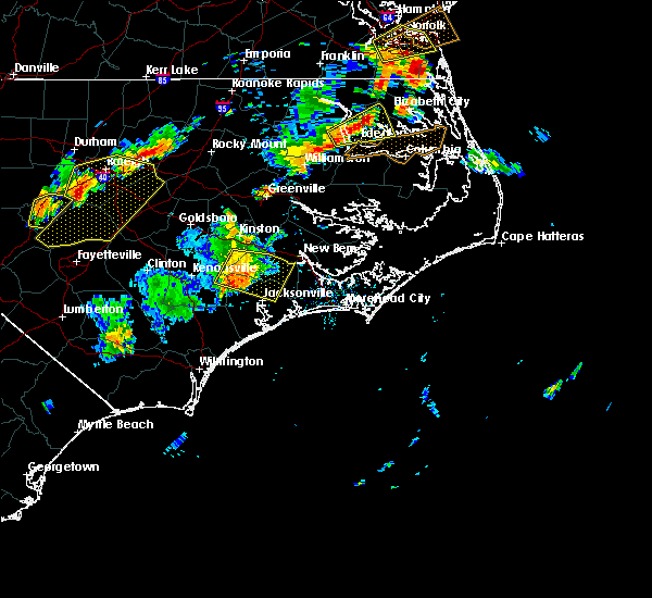 Radar Image for Severe Thunderstorms near Jacksonville, NC at 8/22/2019 7:37 PM EDT