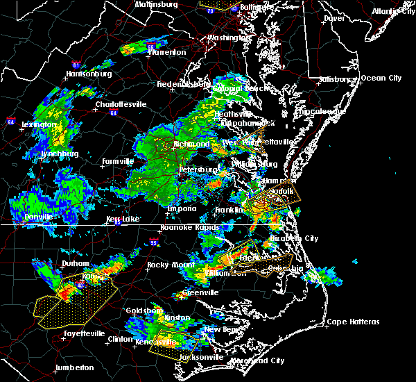 Radar Image for Severe Thunderstorms near Virginia Beach, VA at 8/22/2019 7:46 PM EDT