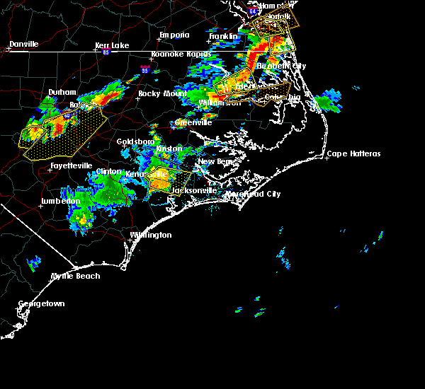 Radar Image for Severe Thunderstorms near Jacksonville, NC at 8/22/2019 7:52 PM EDT