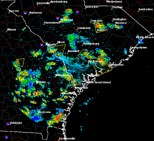 Radar Image for Severe Thunderstorms near Edisto Beach, SC at 6/22/2015 6:26 PM EDT