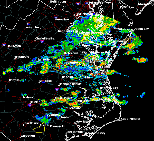 Radar Image for Severe Thunderstorms near Virginia Beach, VA at 8/23/2019 5:23 PM EDT