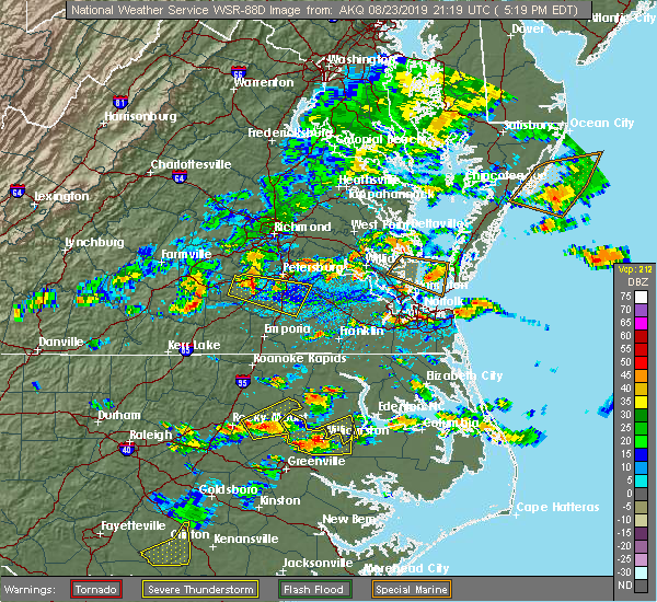 Radar Image for Severe Thunderstorms near Templeton, VA at 8/23/2019 5:23 PM EDT