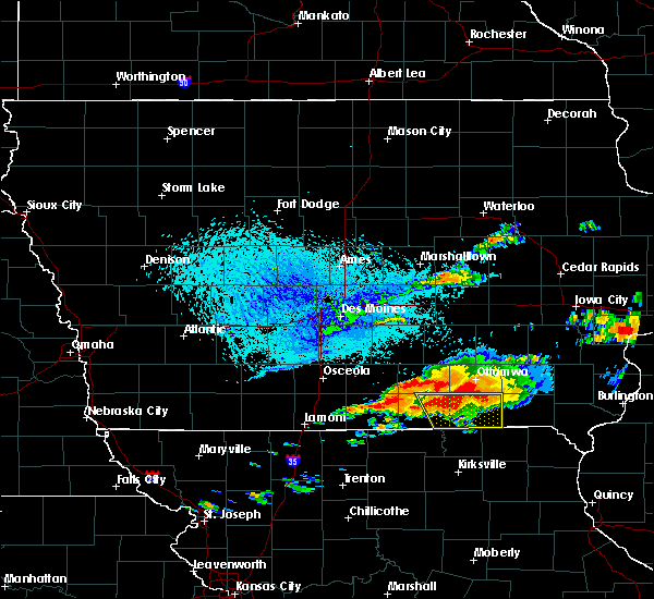 Radar Image for Severe Thunderstorms near Udell, IA at 6/22/2015 6:33 PM CDT