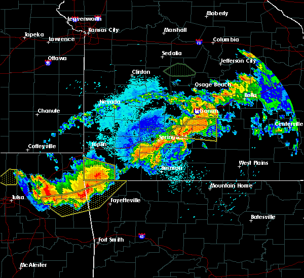 Radar Image for Severe Thunderstorms near Pineville, MO at 8/26/2019 10:58 PM CDT