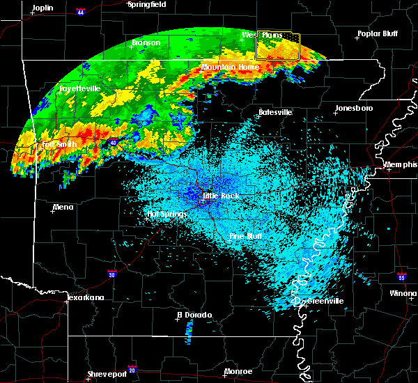 Radar Image for Severe Thunderstorms near Clinton, AR at 8/27/2019 1:36 AM CDT