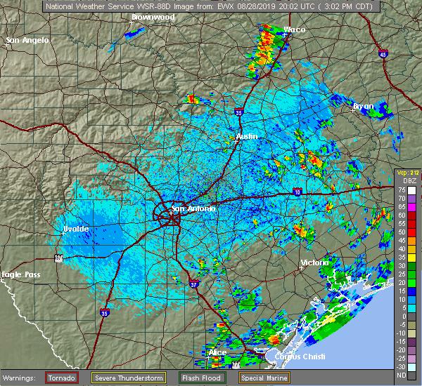 Radar Image for Severe Thunderstorms near Yoakum, TX at 8/28/2019 3:17 PM CDT