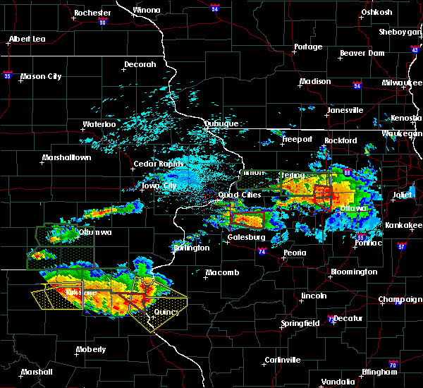 Radar Image for Severe Thunderstorms near Warsaw, IL at 6/22/2015 8:30 PM CDT