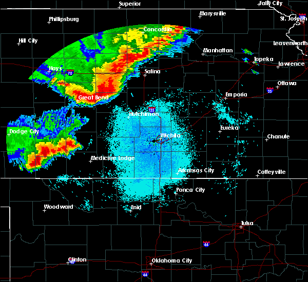 Radar Image for Severe Thunderstorms near Great Bend, KS at 8/29/2019 11:21 PM CDT