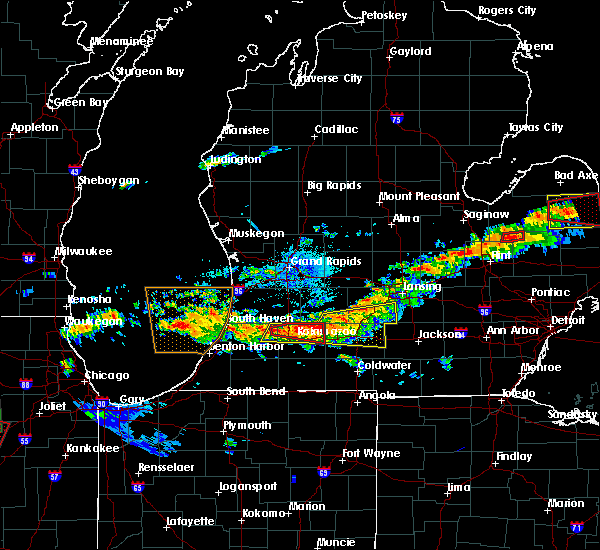 Radar Image for Severe Thunderstorms near Dowling, MI at 6/22/2015 10:30 PM EDT