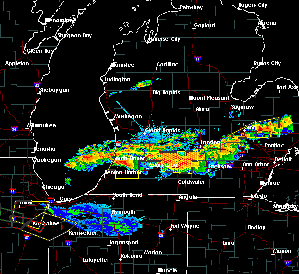Radar Image for Severe Thunderstorms near Dowling, MI at 6/22/2015 11:17 PM EDT
