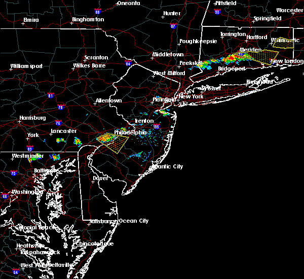 Radar Image for Severe Thunderstorms near Oak Valley, NJ at 9/4/2019 6:27 PM EDT