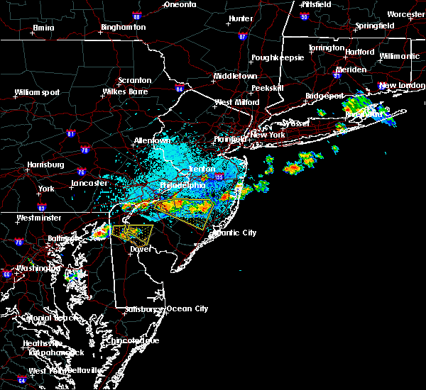 Radar Image for Severe Thunderstorms near Oak Valley, NJ at 9/4/2019 8:06 PM EDT
