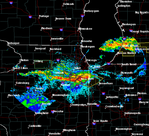 Radar Image for Severe Thunderstorms near Lake Village, IN at 6/22/2015 10:25 PM CDT