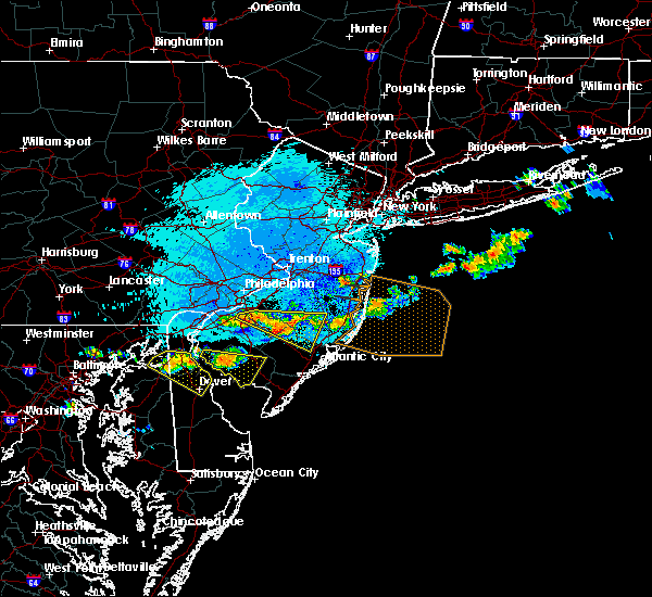 Radar Image for Severe Thunderstorms near Oak Valley, NJ at 9/4/2019 8:39 PM EDT