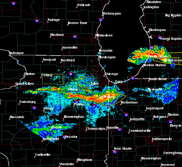 Radar Image for Severe Thunderstorms near Lake Village, IN at 6/22/2015 10:37 PM CDT