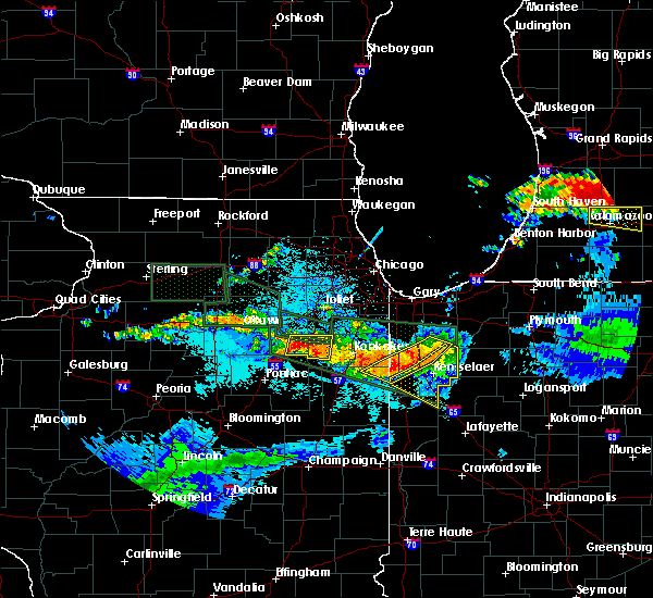 Radar Image for Severe Thunderstorms near South Wilmington, IL at 6/22/2015 11:04 PM CDT