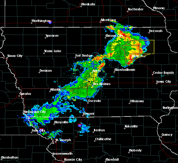 Radar Image for Severe Thunderstorms near Steamboat Rock, IA at 9/9/2019 7:08 PM CDT
