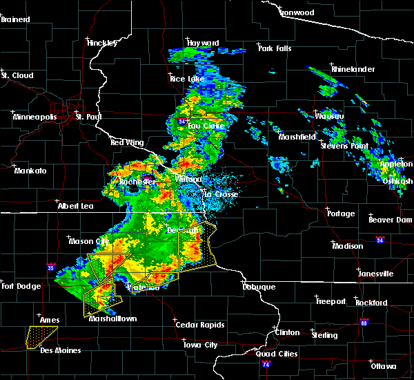 Radar Image for Severe Thunderstorms near Marquette, IA at 9/9/2019 8:03 PM CDT