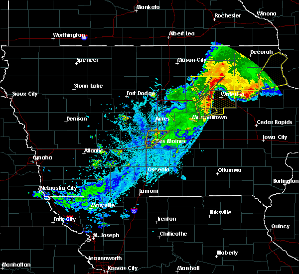 Radar Image for Severe Thunderstorms near Hudson, IA at 9/9/2019 8:06 PM CDT