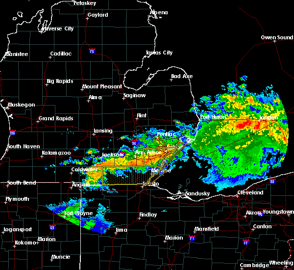 Radar Image for Severe Thunderstorms near Toledo, OH at 6/23/2015 2:23 AM EDT