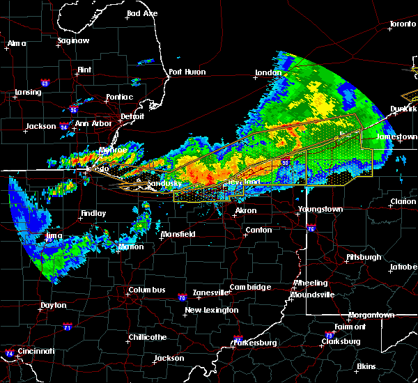 Radar Image for Severe Thunderstorms near Roaming Shores, OH at 6/23/2015 4:13 AM EDT