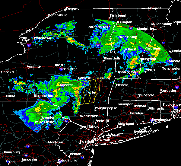 Radar Image for Severe Thunderstorms near Cohoes, NY at 6/23/2015 9:25 AM EDT