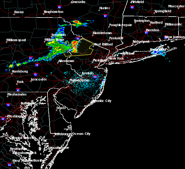 Radar Image for Severe Thunderstorms near Paterson, NJ at 6/23/2015 2:46 PM EDT