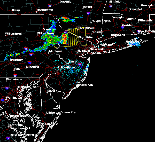 Radar Image for Severe Thunderstorms near Mountain Lake, NJ at 6/23/2015 2:48 PM EDT