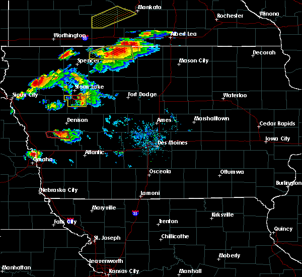 Radar Image for Severe Thunderstorms near Nemaha, IA at 9/24/2019 6:28 PM CDT