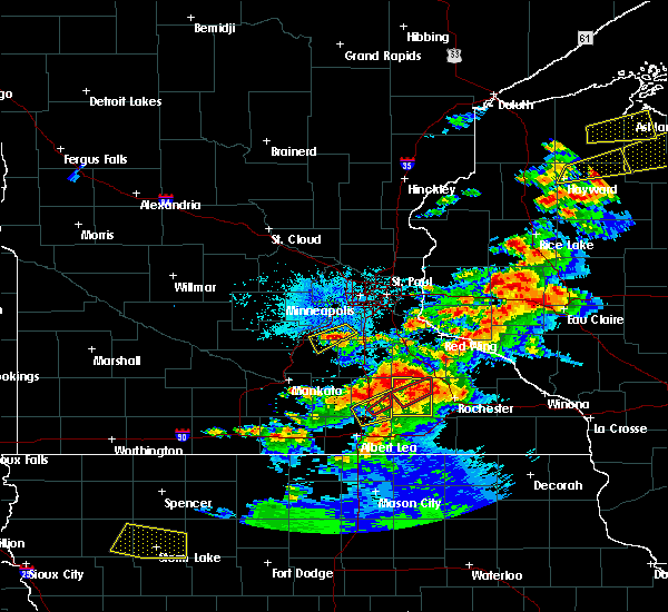 Radar Image for Severe Thunderstorms near Wanamingo, MN at 9/24/2019 7:37 PM CDT