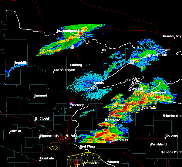 Radar Image for Severe Thunderstorms near Clam Lake, WI at 9/24/2019 7:49 PM CDT