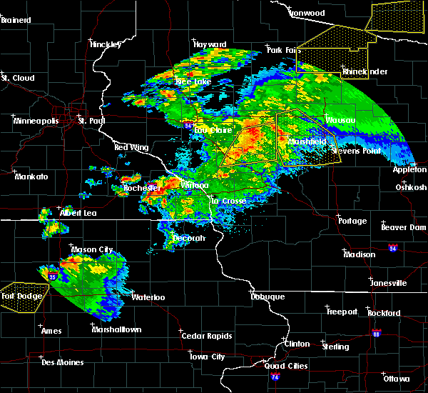 Radar Image for Severe Thunderstorms near Hatfield, WI at 9/24/2019 9:33 PM CDT