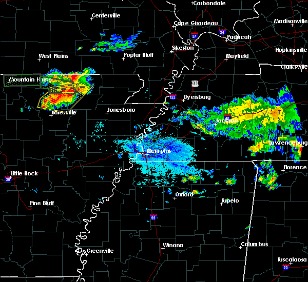 Radar Image for Severe Thunderstorms near Hardy, AR at 9/25/2019 4:04 PM CDT