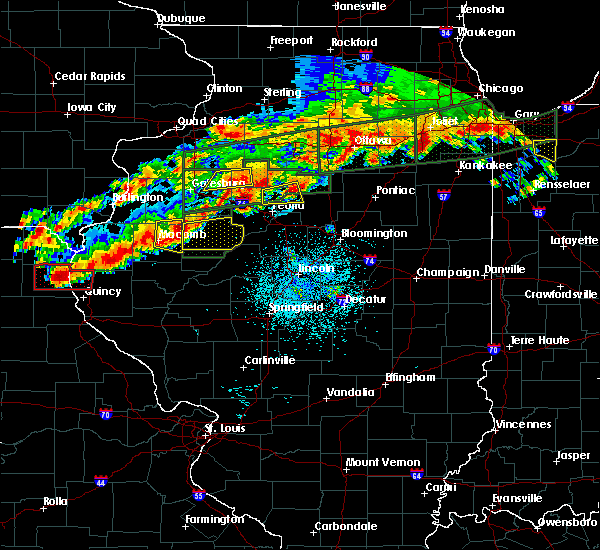 Radar Image for Severe Thunderstorms near Peoria, IL at 9/27/2019 8:02 PM CDT