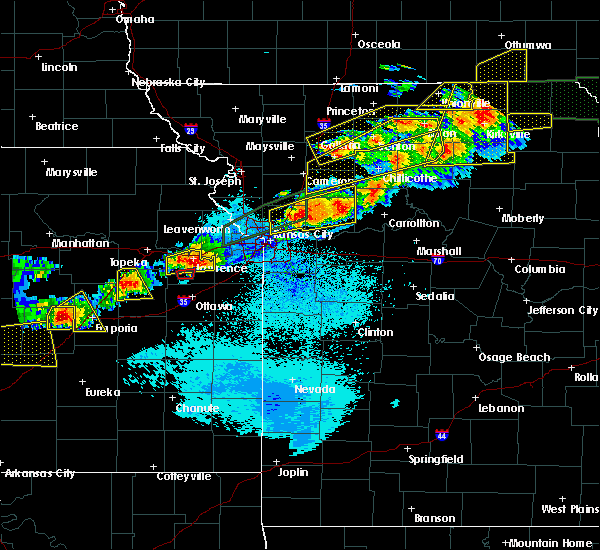 Radar Image for Severe Thunderstorms near Henrietta, MO at 9/27/2019 8:30 PM CDT