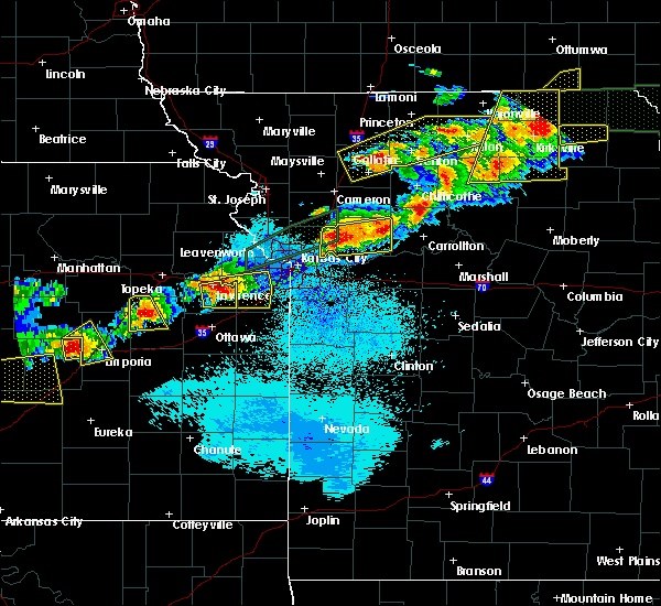 Radar Image for Severe Thunderstorms near Shawnee, KS at 9/27/2019 8:35 PM CDT