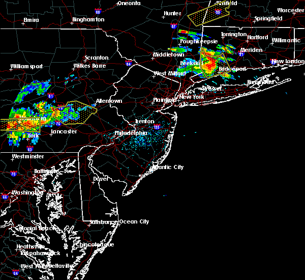 Radar Image for Severe Thunderstorms near Bechtelsville, PA at 6/23/2015 4:15 PM EDT