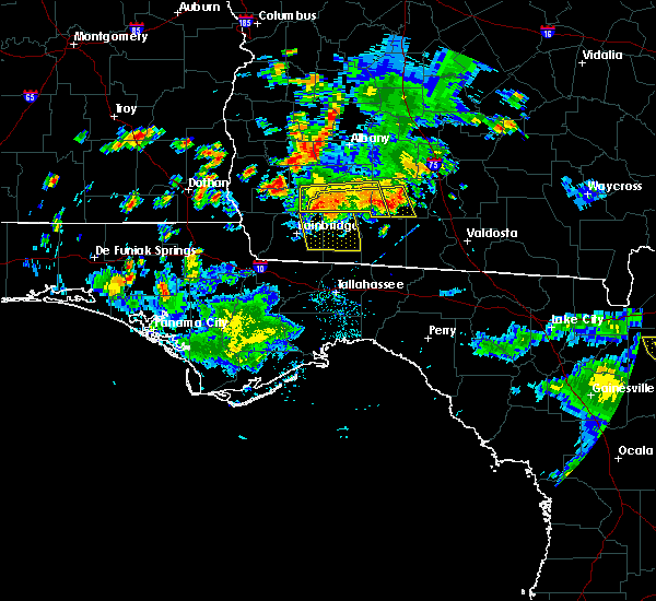 Radar Image for Severe Thunderstorms near Moultrie, GA at 6/23/2015 4:45 PM EDT