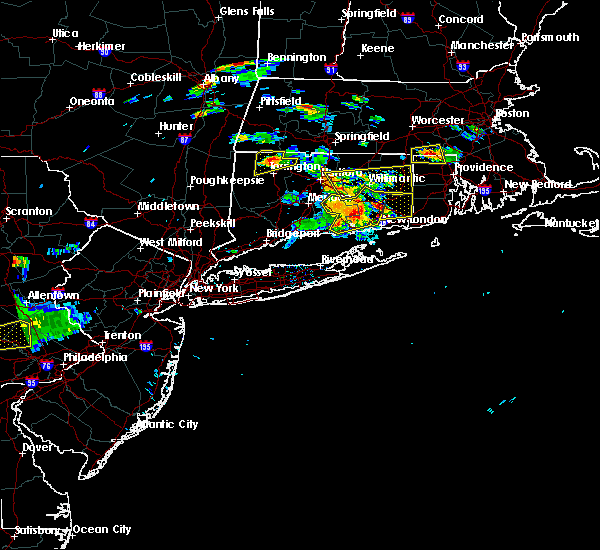 Radar Image for Severe Thunderstorms near East Hampton, CT at 6/23/2015 5:05 PM EDT