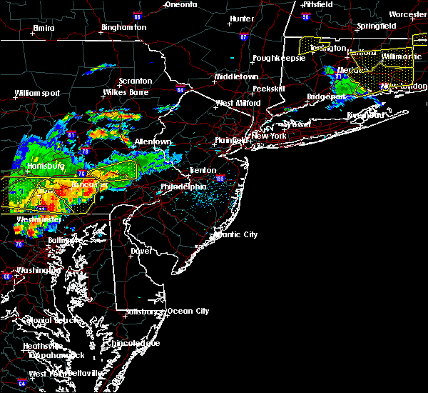 Radar Image for Severe Thunderstorms near Phoenixville, PA at 6/23/2015 5:08 PM EDT