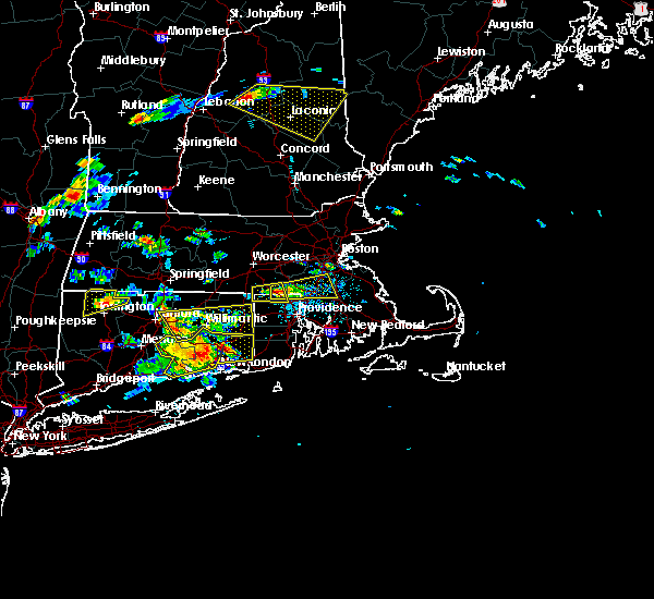 Radar Image for Severe Thunderstorms near Franklin Town, MA at 6/23/2015 5:12 PM EDT