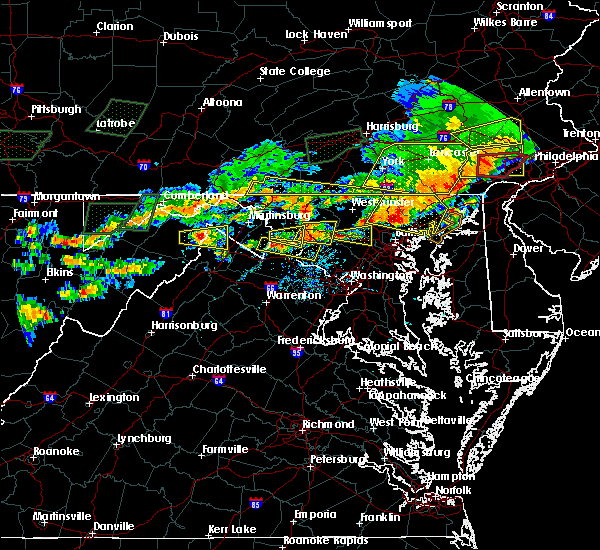 Radar Image for Severe Thunderstorms near Point of Rocks, MD at 6/23/2015 5:31 PM EDT